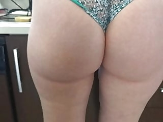 My aunt in panties. Mi tia en bragas. close-up hidden camera upskirt video