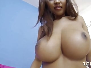 Shoot your sperm into my Asian pussy asian babe blowjob video