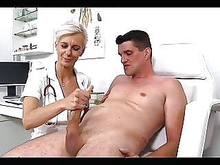 THE PERVERT MATURE DOCTOR -B$R amateur mature handjob video