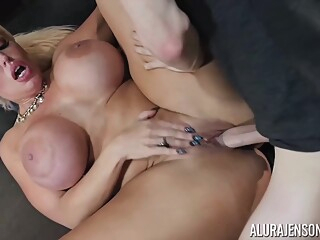 Alura Jenson gave a blowjob to her lover, and then he fucked her brains out big ass big tits blond video