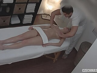 Masseur Knows What This Blond Hair Babe Girl Likes amateur blonde hd video