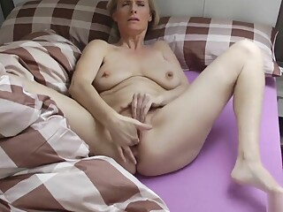 Kiss Me - Fuck Me -use Me! amateur blonde blowjob video