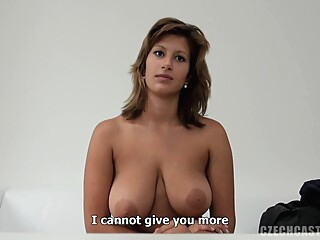 E0038 Lucie 5907 amateur big tits blonde video