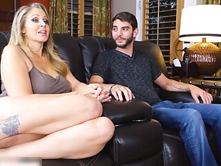 I FUCKED MY FRIEND'S HOT MOM amateur big tits blonde video
