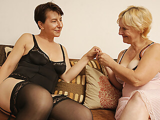 Two Naughty Mature Lesbians Getting Wet - MatureNL maturenl   video