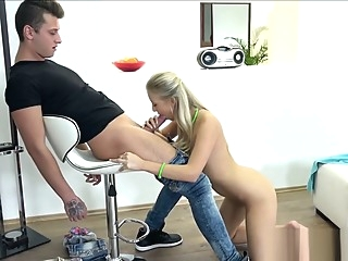 Sweet Blonde Fucked amateur blonde casting video