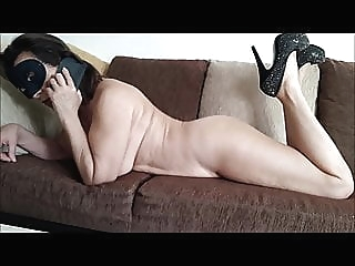 Noemie and the pizza delivery man brunette milf french video