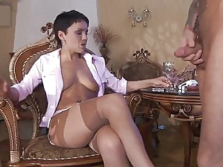 Viola amateur brunette stockings video