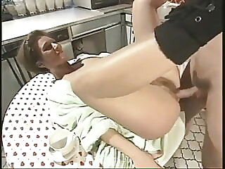 Mom's Hairy Cunt Gets A Cock For Breakfast amateur hairy hardcore video