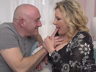 Italian housewife, Valentina is cheating on her husband with his boss, every once in a while big tits blond hd video
