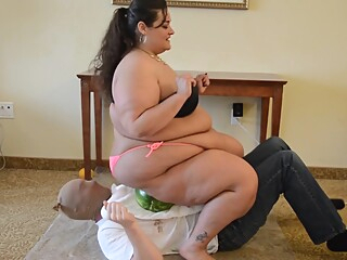 BBW Trampling and Food Squash on Slave's Body bbw bdsm brunette video