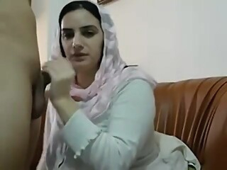 Pakistani Muslim Wife Get Big Tits Massages and Plays with Pussy amateur big tits hardcore video